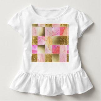 Gold, Pastelle, Wasserfarben, Quadrate, Collage, Kleinkind T-shirt