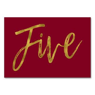 Gold und elegante Tischnummer fünf Burgunders