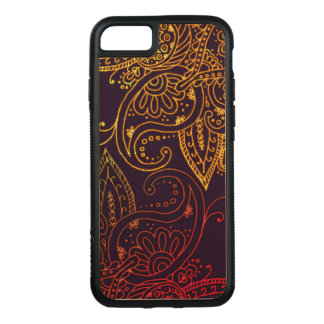 Gold zu rotem Mehndi auf Lila Carved iPhone 8/7 Hülle