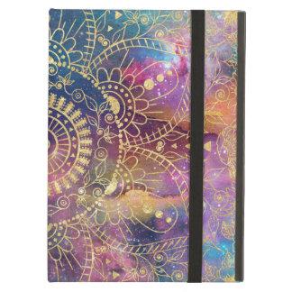 GoldAquarell und Nebelfleck-Mandala