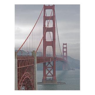 Golden gate bridge im Nebel Postkarte