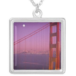 Golden gate bridge kurz nach Sonnenuntergang, Versilberte Kette