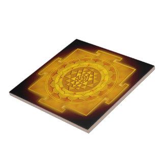 Golden Sri Yantra I Kleine Quadratische Fliese