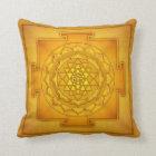 Golden Sri Yantra II Kissen