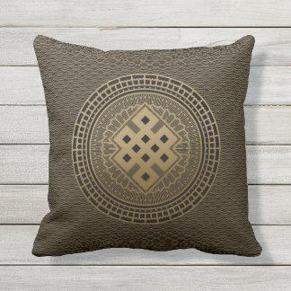Goldendloser Knoten in der Mandala Kissen Für Draußen