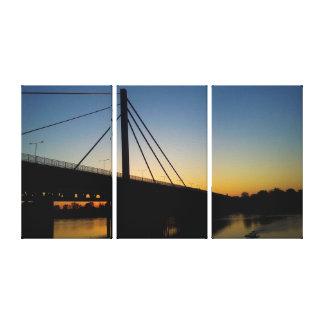 Goldene Brücke auf Rhein über Sonnenuntergang Leinwanddruck
