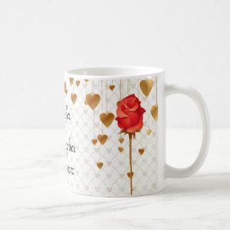 Goldene Liebe-Herzen und Rosen-Hochzeit Kaffeetasse