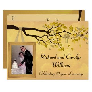 Goldene Liebe-Vogel-Einladung des Jahrestags-50. 11,4 X 15,9 Cm Einladungskarte