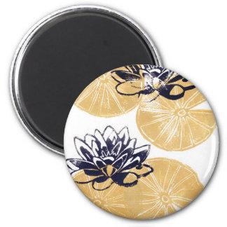 Goldene Wasserlilien Runder Magnet 5,7 Cm