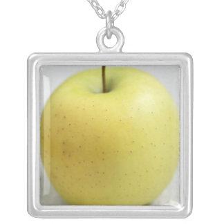 Goldener Apfel von Limousin - Frankreich - AOC für Versilberte Kette