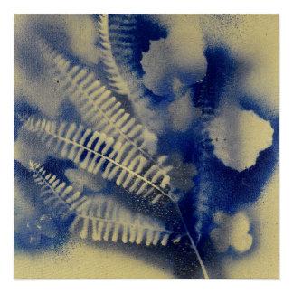 Goldener Farn mit blauen Blumen Poster