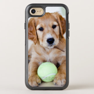Goldener Retriever-Welpe will, um zu spielen OtterBox Symmetry iPhone 8/7 Hülle