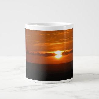 Goldener Sonnenschein-   riesige trinkende Tasse Extragroße Tasse