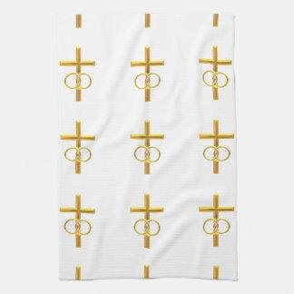 Goldenes 3-D Kreuz mit Eheringen Handtuch