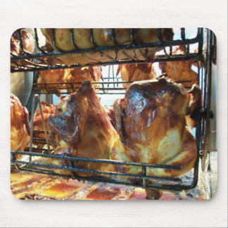 Goldenes gebratenes Rottiserie Huhn Mauspads
