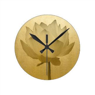 Goldenes Lotus Runde Wanduhr