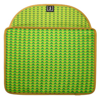 goldenes und grünes elegantes Zickzack MacBook Pro Sleeve
