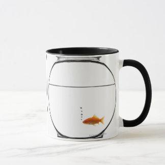 Goldfisch in der Schüssel Tasse