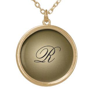 Goldglänzende Initiale Halskette Mit Rundem Anhänger