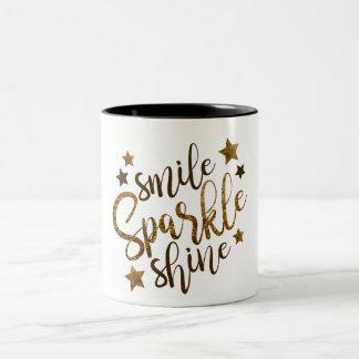 GoldGlitter-Lächeln, Schein, Shine mit Sternen Zweifarbige Tasse