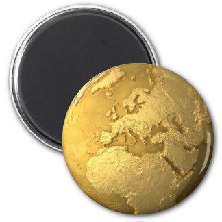 Goldkugel - Metallerde. Europa, 3d übertragen Runder Magnet 5,7 Cm