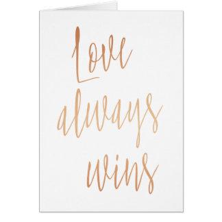 """GoldRose """"Liebe gewinnt immer """" Grußkarte"""