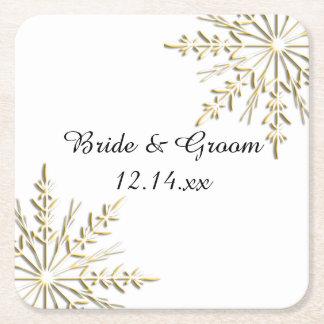 Goldschneeflocken auf weißer Winter-Hochzeit Rechteckiger Pappuntersetzer