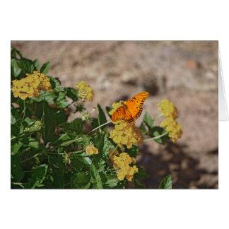 Golf Fritillary auf Lantana-Blumen Karte
