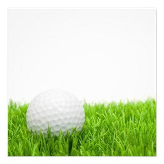 Golfball im Gras Einladungen