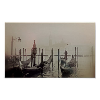 Gondeln im Nebel, Venedig, Italien Poster