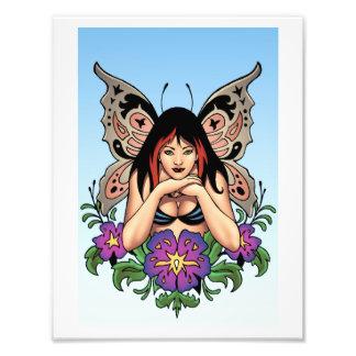 Goth Fee mit Blumen, Schmetterlings-Flügel durch A Fotos