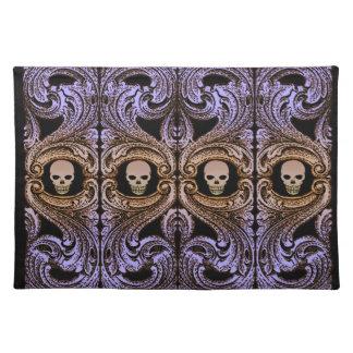 Goth lila Verzierung und Schädel Stofftischset