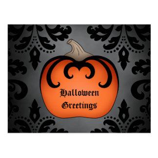 Gotischer Halloween-Kürbis auf elegantem Damast Postkarte