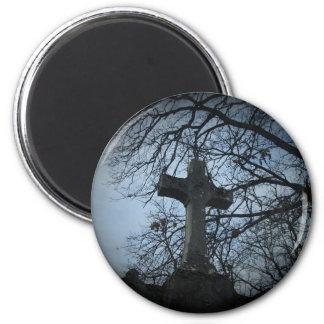 Gotisches geschütztes Quergrab Runder Magnet 5,1 Cm