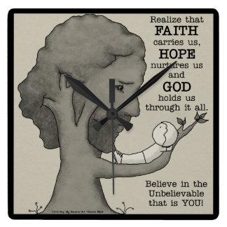 Gott hält uns quadratische wanduhr