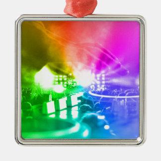 Gott ist ein DJ Quadratisches Silberfarbenes Ornament
