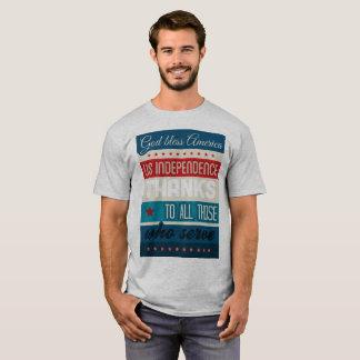 Gott segnen Amerikas Service-Männer u. Frauen T-Shirt