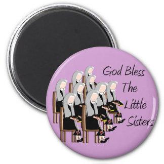 Gott segnen die kleinen Schwestern Runder Magnet 5,7 Cm