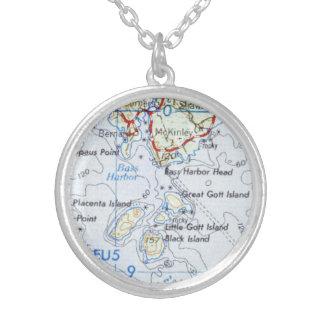 Gotts Insel-Karten-Halskette Versilberte Kette