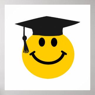 Graduierter Smiley mit Abschlusshut Poster