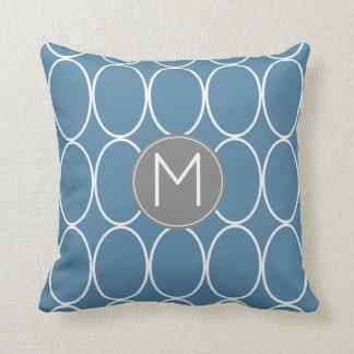 Grafikdesign-Monogramm-Blau und Grau Kissen