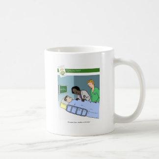 Grant-Anträge mit der Buch-Tasse Kaffeetasse