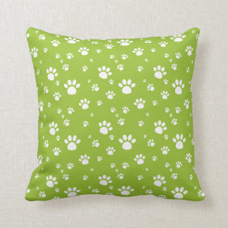 Gras-Grün-Tiertatze druckt Muster Kissen
