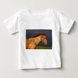 Grasland-Pferd Baby T-shirt
