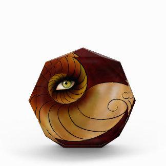 Grassonius V1 - aufpassendes Auge Acryl Auszeichnung