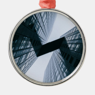 Grau Rundes Silberfarbenes Ornament