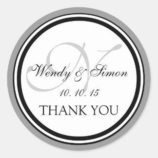 Graue schwarze Hochzeit des Monogramm-N danken Ihn Runde Sticker
