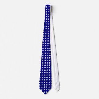 Graue und weiße Punkte auf blauer Krawatte