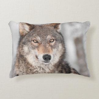 Grauer Wolf (Canis Lupus) mit einer Ohr-Rückseite Deko Kissen
