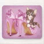 Graues Tabby-Kätzchen Mousepads